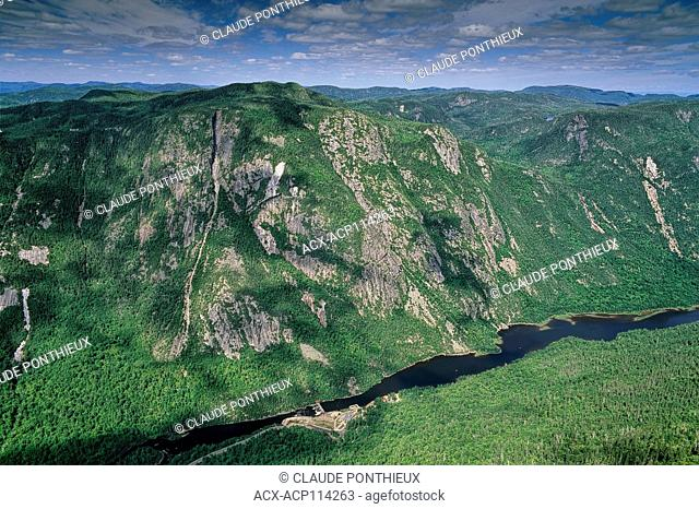 View of the Malbaie river valley in the Hautes-Gorges-de-la-Riviere-Malbaie National Park, Charlevoix region, Québec, Canada
