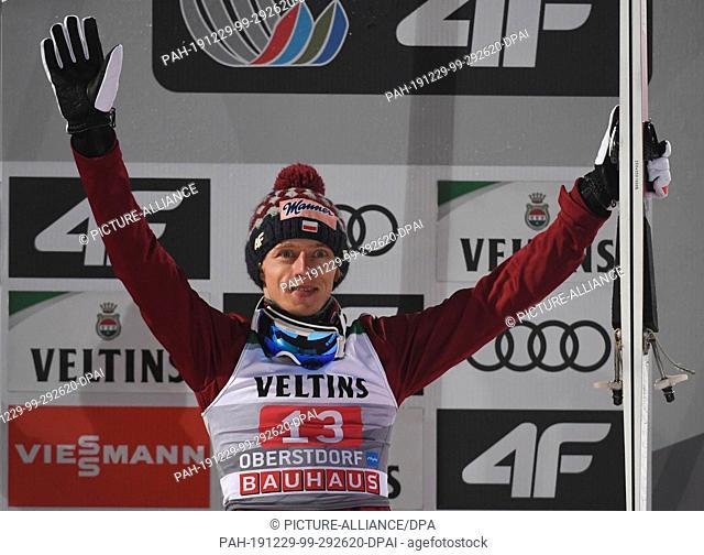 29 December 2019, Bavaria, Oberstdorf: Nordic skiing/ski jumping: World Cup, Four Hills Tournament, Big Hill, Men, 2nd run