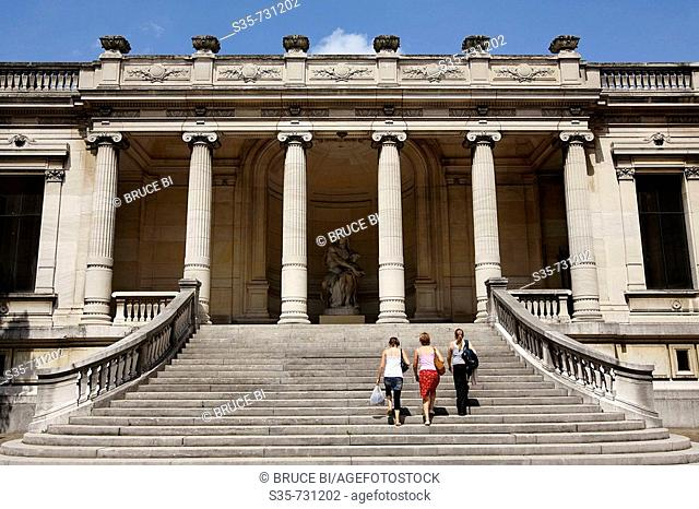 France. Paris. Visitors on the staircase of rear entrance of Musee de la Mode et du Costume Palais Galliera. The museum shows the history of fashion from the...