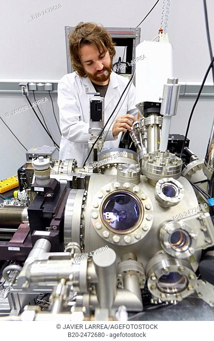 Ultra-Low-Temperature (4.8 K) Ultra-High-Vacuum Scanning Tunneling and Atomic Force Microscope (STM-AFM). It has a light emission spectroscopy set-up