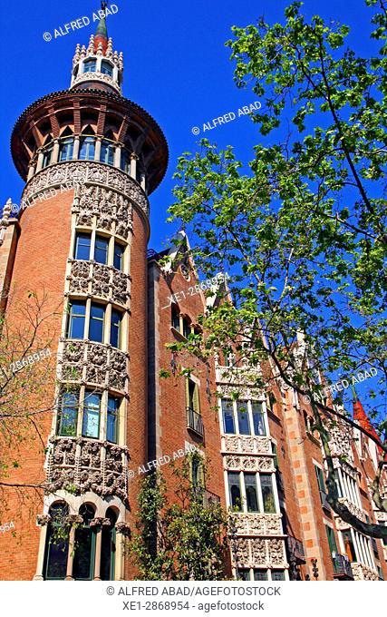 Casa Terradas, 'La Casa de les Punxes', ach. Josep Puig i Cadafalch, Barcelona, Catalonia, Spain
