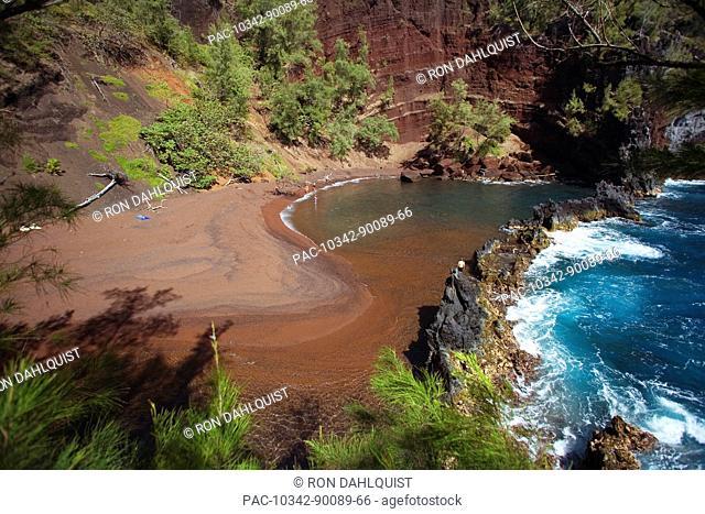 Hawaii, Maui, Hana, Kaihalulu Beach, Scenic shot of Hana's Red Sand Beach