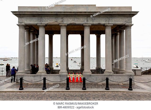 Monument Plymouth Rock, Mayflower Landing, Plymouth, Massachusetts, USA