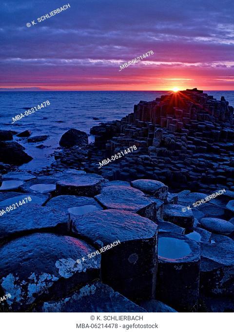 Northern Ireland, Antrim, Bushmills, basalt Giant's Causeway, sunset, evening mood, mood