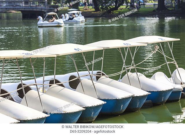 Thailand, Bangkok, Lumphini Area, Lumphini Park, paddle bots