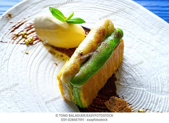 Caramelized cinnamon and pistachio cream millefeuille dessert