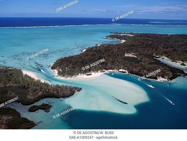 Ile aux Cerfs (Deer Island) and the coral reef lagoon, east coast, Mauritius
