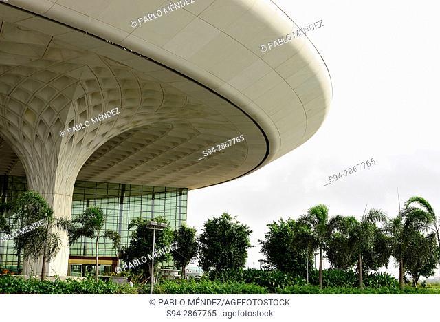 """International airport """"""""Chhatrapati Shivaji"""""""" of Mumbai, Maharastra, India"""