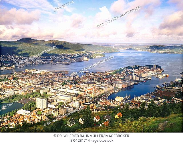 From the mountain Floyen to the old town of Bergen, Norway, Scandinavia, Europe