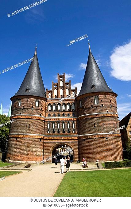 Holstentor Gate in the Hanseatic city of Luebeck, UNESCO World Cultural Heritage Site, Schleswig-Holstein, Germany, Europe