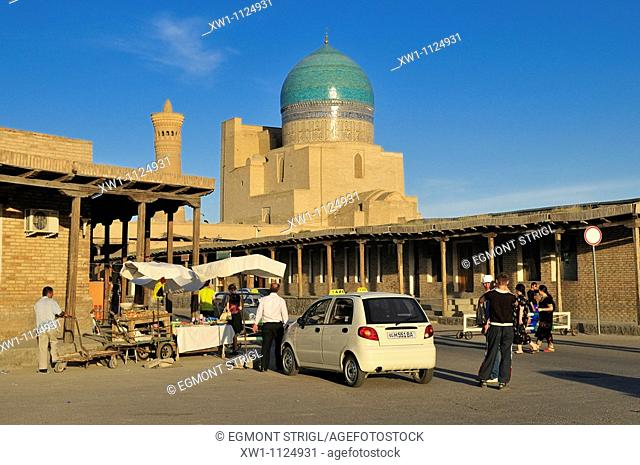 streetscape with Kalan, Kalyan, Kalon Mosque, Bukhara, Buchara, Silk Road, Unesco World Heritage Site, Uzbekistan, Central Asia