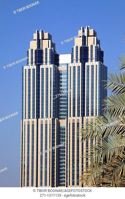 United Arab Emirates, Dubai, Sheikh Zayed Road, skyscraper