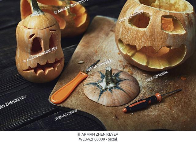 Halloween pumpkins, Jack Oƒ.Lanterns, carving knifes