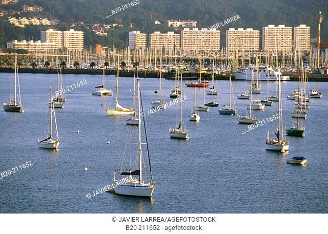Txingudi Bay. Hondarribia. Guipúzcoa. Basque Country. Spain