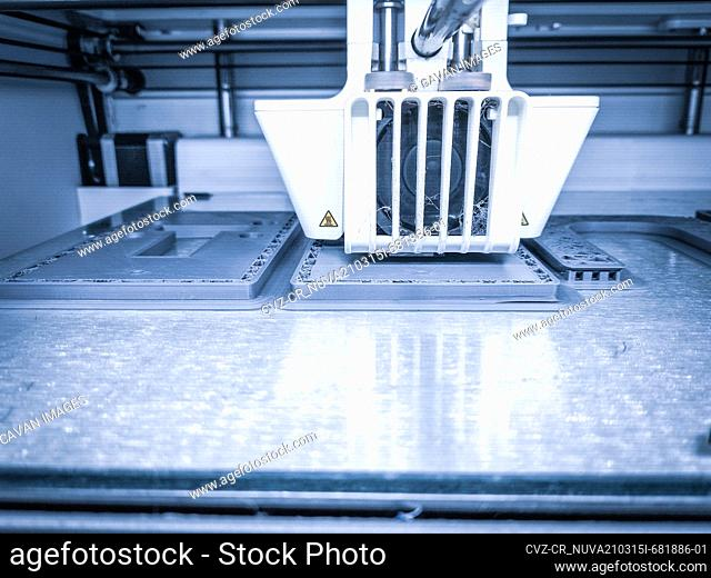 3D printer, printing with plastic wire filament in additive manufactur