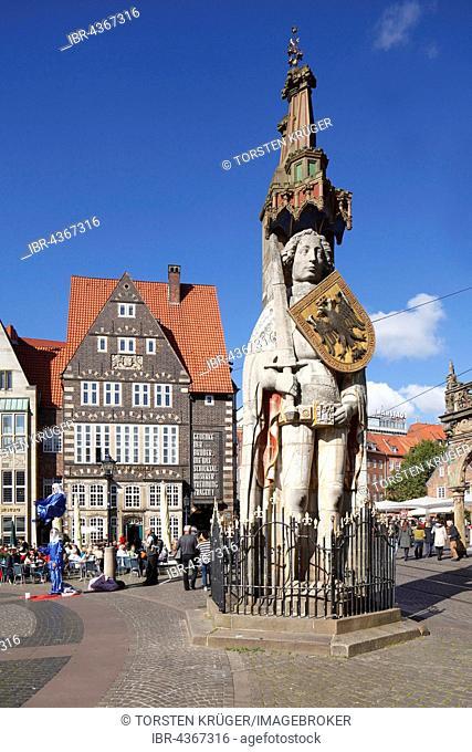 Bremen Roland, statue in market square, historic centre, landmark, Bremen, Germany