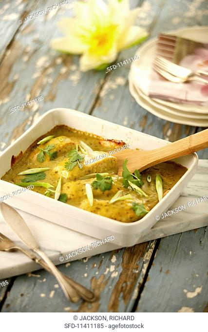 Green Thai curry with salmon