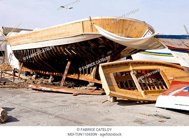 Tunisia - Jerba - Hount-Souk - Wooden boat building in the marina