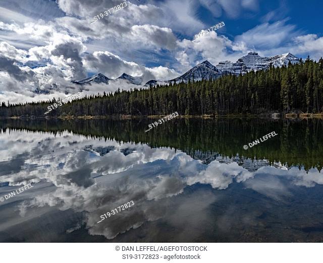 Canadian Rockies. Herbert Lake