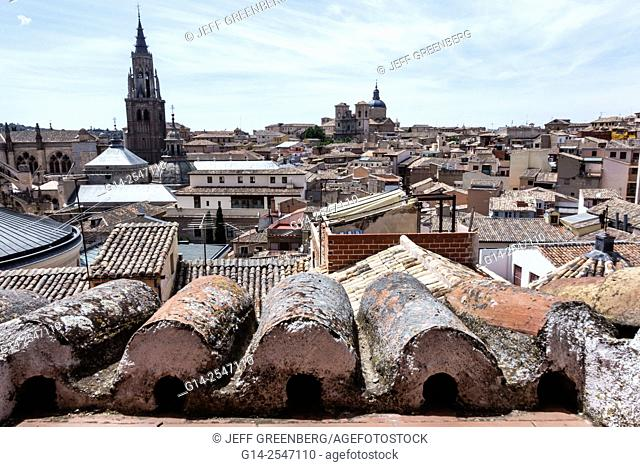 Spain, Europe, Spanish, Toledo, World Heritage Site, historic center, rooftops, city skyline, belltower, Primate Cathedral of Saint Mary of Toledo