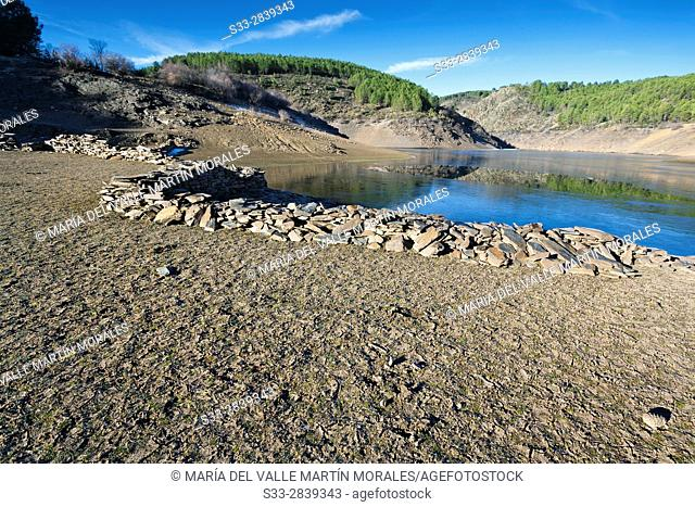 Drought at Vado reservoir in the Sierra Norte. Guadalajara. Castilla la Mancha. Spain. Europe