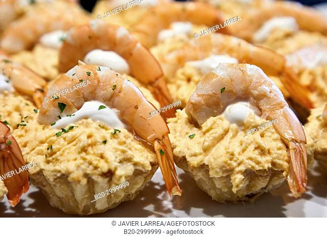 Tuna and prawn, Pintxos, Bar Restaurante Portaletas, Parte Vieja, Old Town, Donostia, San Sebastian, Gipuzkoa, Basque Country, Spain