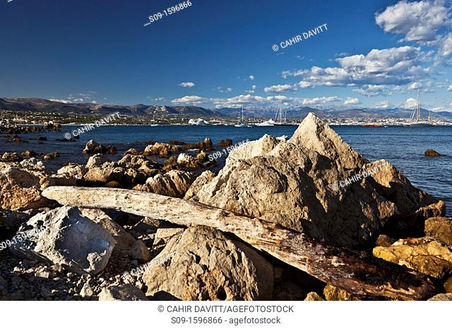 General panoramic view looking towards Marina Baie des Anges, Villeneuve Loubet from Antibes Harbour, La Fontonne, Antibes, Provence-Alpes-Côte d'Azur, France