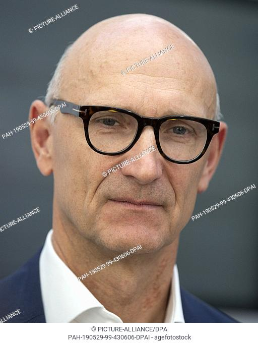 """29 May 2019, Hessen, Frankfurt/Main: Timotheus Höttges, CEO of Deutsche Telekom AG, attends the press conference on the founding of """"""""Droniq"""""""""""