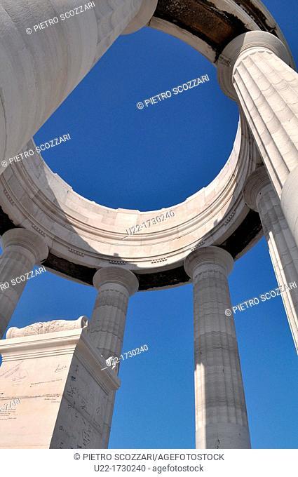 Ancona, Marche, Italy: war memorial at Passetto
