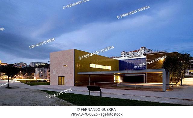 CENTER PAVILION HANOVER PAVILION EXPO 2000, COIMBRA, PORTUGAL, Architect ALVARO SIZA, 2001