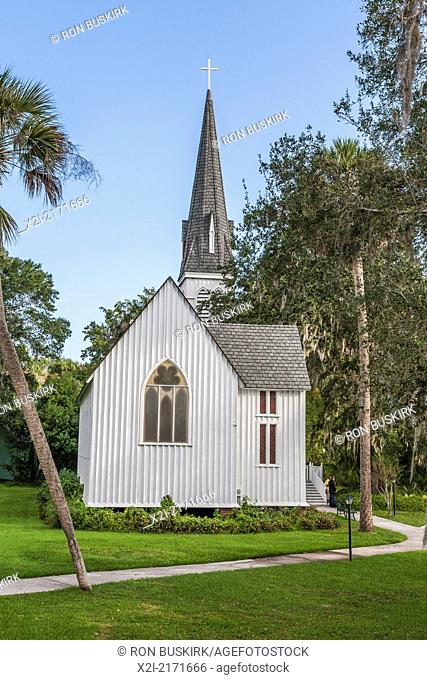 St. Mary's Episcopal Church was built in 1879 along the banks of the St. Johns River in Green Cove Springs, Florida