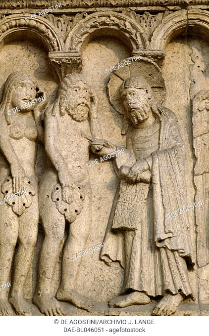Creation of Adam and Eve and Original Sin, bas-relief by Wiligelmo, Modena cathedral, Emilia-Romagna. Italy, 11th-12th century