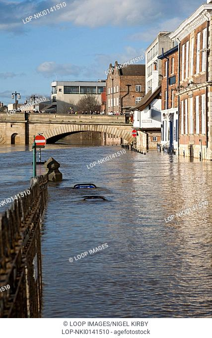 River Ouse in flood at Kings Staith