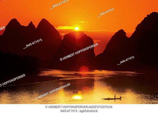 Sunset. Landscape. Lijiang river. China