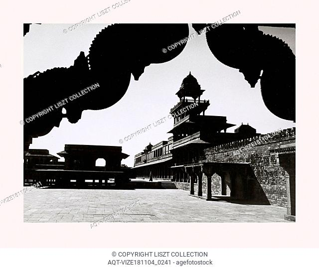 India, Fatehpur SÄ«kri, The second courtyard, 1968 or earlier, Cities of Mughul India