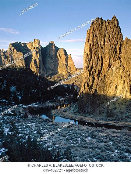 Smith Rock State Park, Crooked River. Deschutes County, Central Oregon. USA
