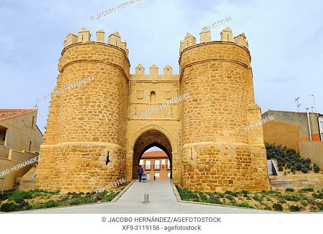 Puerta de la Villa. Villalpando. Tierra de Campos region. Zamora province. Castilla y Leon. Spain
