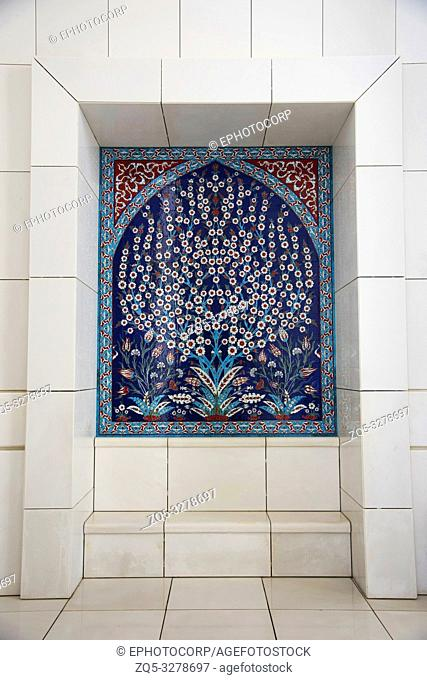 Decorative panel, Sheikh Zayed Grand Mosque, Abu Dhabi, UAE, largest mosque in the country