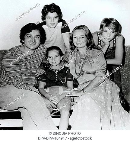 Portrait of Indian celebrity Shashi Kapoor Actor and his family in Hindi cinema Bollywood , Bombay Mumbai , Maharashtra , India , NO MR