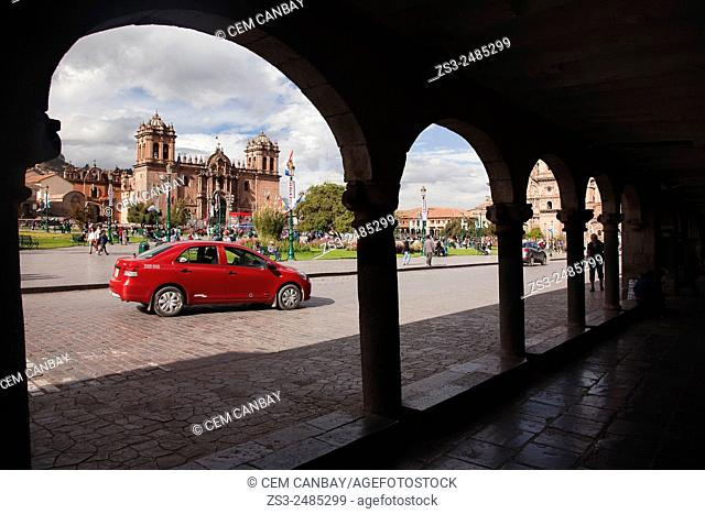 Framed view to the Cathedral at the Plaza de Armas, Cuzco, Peru, South America