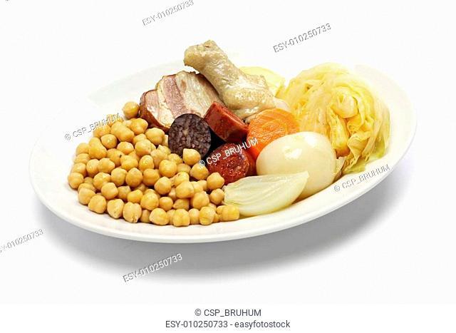 cocido madrileno, spanish cuisine