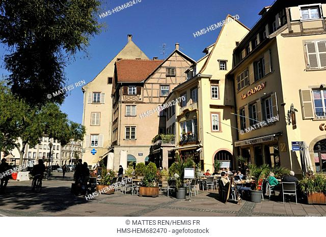 France, Bas Rhin, Strasbourg, old city listed as World Heritage by UNESCO, Place du Corbeau