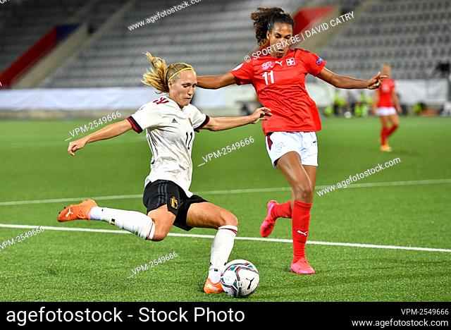 Belgium's Janice Cayman and Switzerland's Coumba Sow pictured in action during a soccer game between Switzerland and Belgium's Red Flames