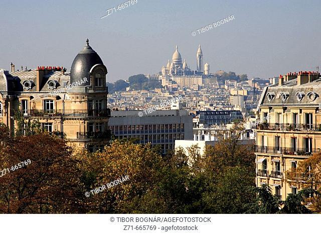 France, Paris, Parc Buttes-Chaumont, Montmartre, Sacré-Coeur