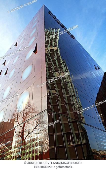 Dancing Towers office building reflected in the facade of the Arcotel Onyx Hotel, Reeperbahn, St. Pauli, Hamburg, Hamburg, Germany