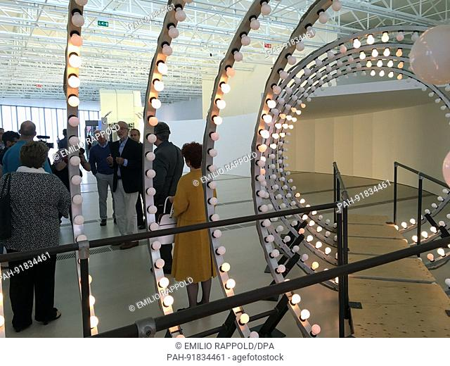 """The Italian star architect Renzo Piano (2-R) presents his newest work to journalists, the important art and cultural centre """"""""Centro Botin""""""""in Santander, Spain"""