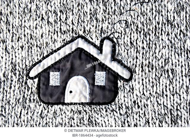 House, application on knitted cloth