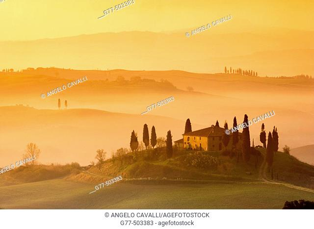 Orcia Valley (Val D'orcia). Farmhouse called 'Il Belvedere' near Pienza. Tuscany. Italy