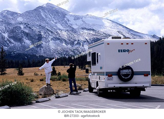 USA, United States of America, California: Sequoia National Park. Traveliing in a Motorhome, RV, through the west of the US