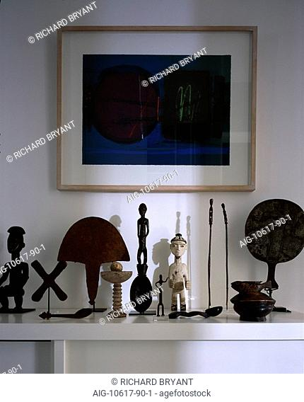 Small apartment with African collection. Entrance hall detail. Architect: Jennifer Beningfield and David Jenkins